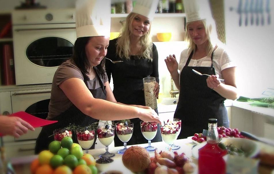 cooking4_1978-f10431e3dc46a4923fdbb6579a5f349b.jpg